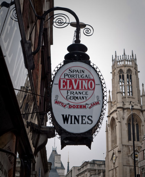 Colour photograph of El Vino sign on Fleet Street by Steve Harris
